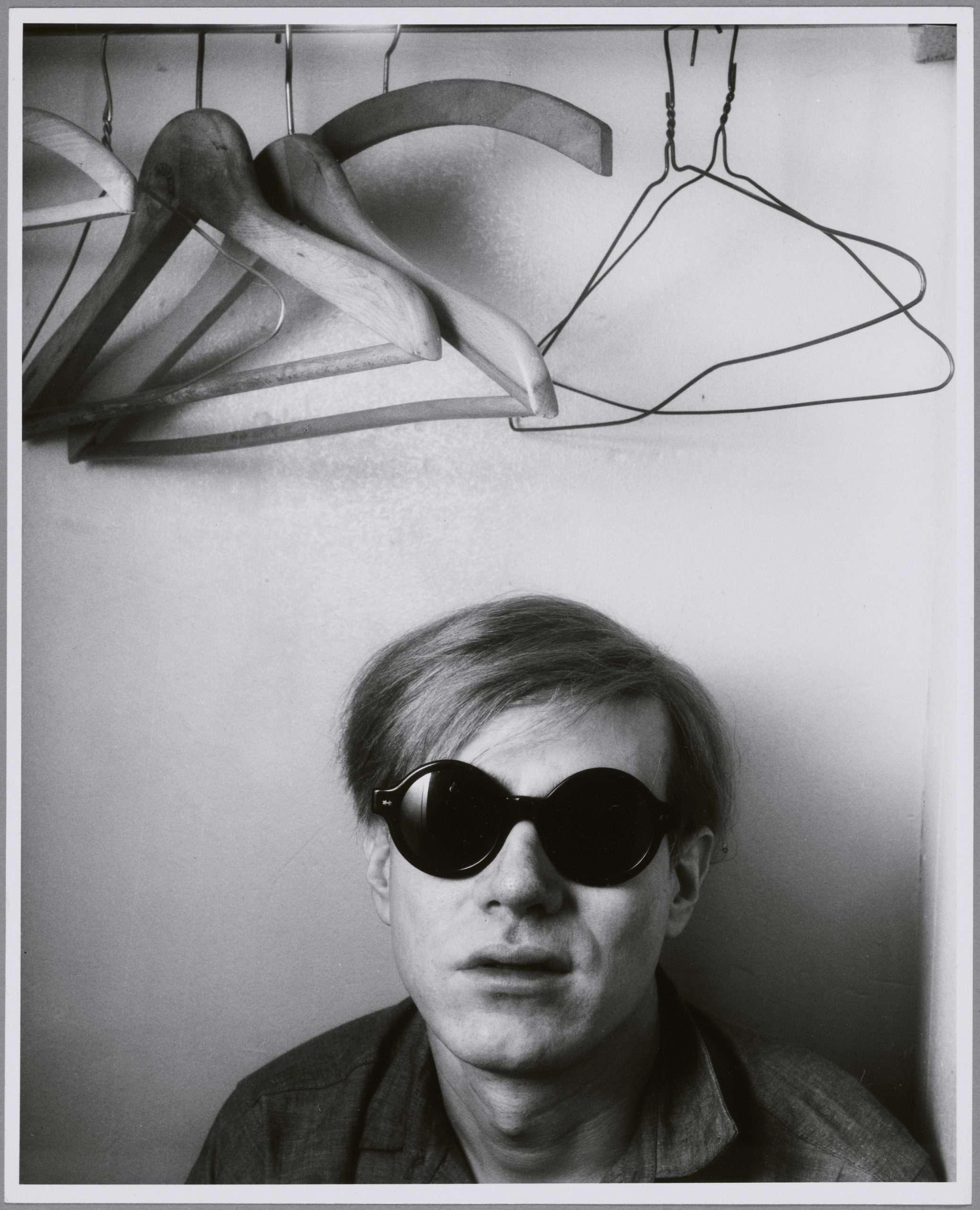 03. Shunk-Kender_Andy Warhol, Parigi, 1965