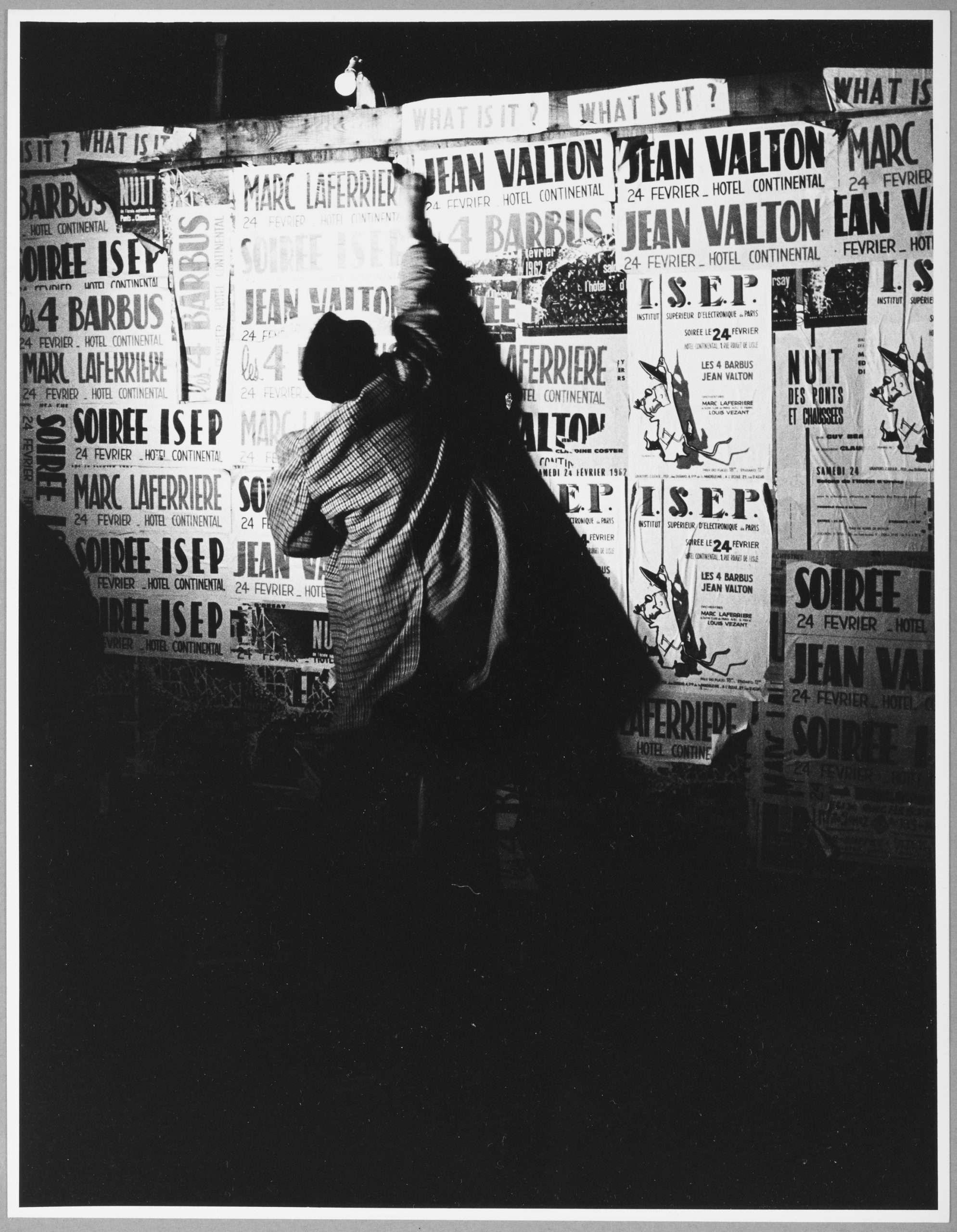 08. Shunk-Kender_Mimmo Rotella, Parigi, 1962